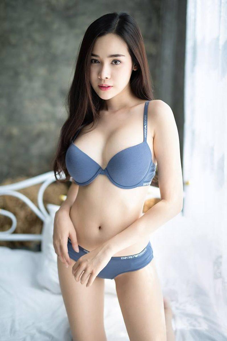 ฟ้าบาร์บี้ สาวหน้าหวาน หุ่นทรมานใจ กับเซ็ทนี้ที่ยังเซ็กซี่ไม่เปลี่ยน