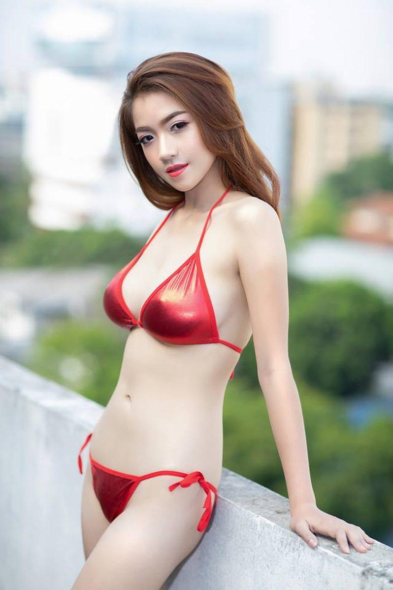 บิกินี่แดงสวยเซ็กซี่ทั้งตัว ดีต่อใจ & หัวใจทุกคน